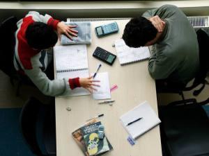 student-1528001-1600x1200